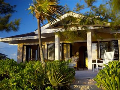 Photo for Fowl Cay - Lindon - luxury 1 bedrooms serviced villa - Travel Keys