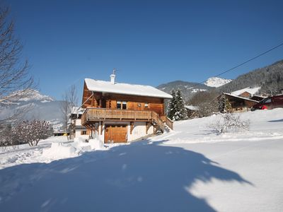 Photo for 4 bedroom chalet between Châtel and La Chapelle d'Abondance