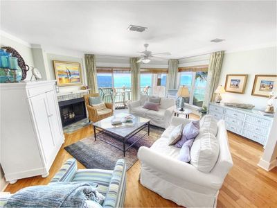 Photo for Corner GULF FRONT unit and Renovated - Endless Gulf Views - `Sea You Again`