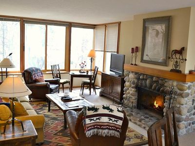 Photo for Yampa 2414: The Aspens -Beautiful Sunny First Floor Condo with Large Family Room and Lots of Seating