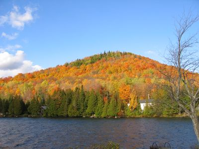 3 DAY STAY avail. w/Amazing Fall Foliage photography, changing with the sunlig