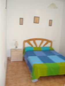Photo for Apartment with 3 bedrooms with terrace, A / C, barbecue and pool Nº 28C