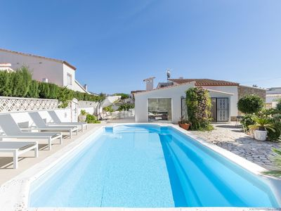 Photo for 4BR Apartment Vacation Rental in Roses, Girona