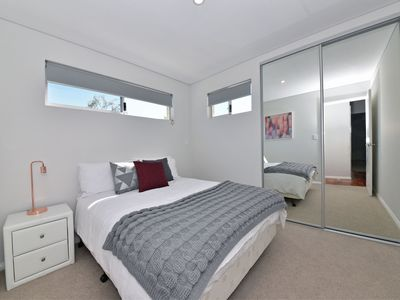 Photo for TJ's Apartment close to Perth City:2260