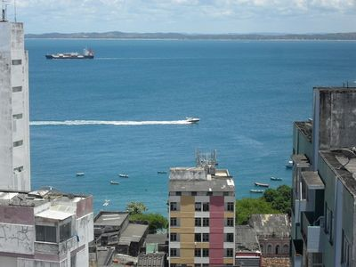 Photo for Spacious apartment in Barra, high floor, ventilated, overlooking the sea, with garage