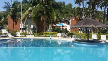 Excellent Cond. Closed - 4 DORM.- Security and Portaria 24 Hrs - AIR COND. -WIFI