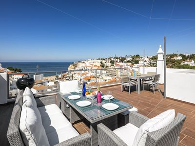 Photo for Stunning sea view, at walking distance to Carvoeiro beach