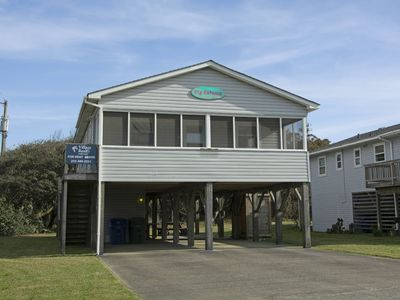 Photo for Pig Kahuna: Oceanside in Nags Head, 3 bedrooms, convenient to the beach and many restaurants.