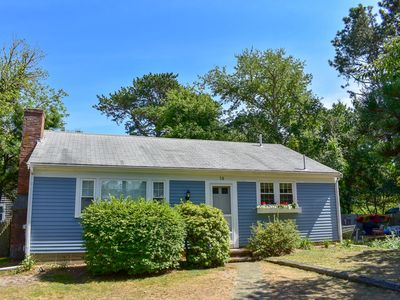Photo for Cranberry Ln 14. Cozy cape with window ac in bedrooms. Less than 1 mile to beach