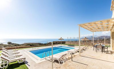 Photo for Magnificent finca with pool near the beach