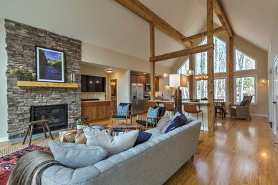 This home offers 5 bedrooms, 4.5 bathrooms and sleeping for 12.