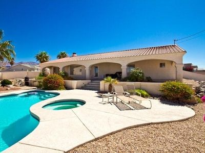 Photo for Wonderful Desert Oasis with open floor plan with beautiful back porch views.