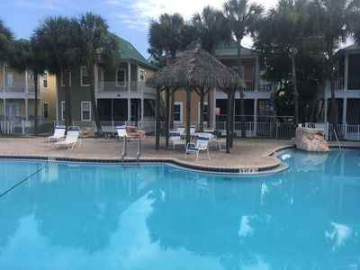 Photo for Vacation Paradise at Purple Parrot Resort  Relax at the Tiki Bar New on market