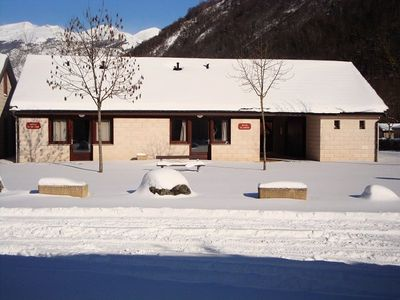 Photo for Camping Le Pas de l'Ours *** - Chalet Mezzanine 6 Persons 3 Rooms Type B