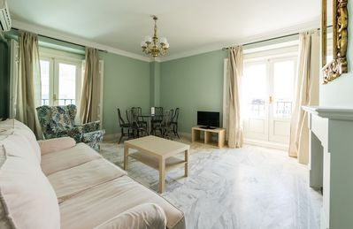 Photo for Apartment in the center of Madrid with Lift, Internet, Washing machine, Air conditioning (743843)