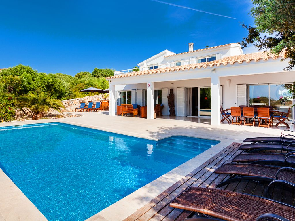 Chic Travel: 5 Gorgeous Villas in The South of France forecast