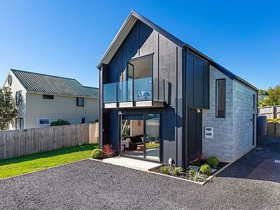 Photo for Gladrags - Raglan Holiday Home
