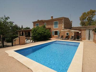 Photo for Spacious Countryhouse only 1 km to the beach, Sea-view, pool, barbecue, Wifi