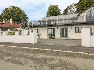 Photo for BRUNEL'S VIEW, pet friendly, with a garden in St. Austell, Ref 991593