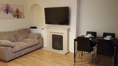Photo for 3 Bed house, Central Scotland Location, sandwiched between Glasgow & Edinburgh