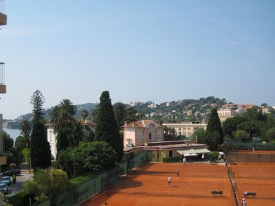Photo for Nicely renovated apartment close to sandy beaches, among Belle Epoque villas