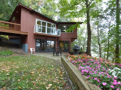 Photo for Sky, forest, beaches, lake, boats: Romantic, private, nature-lovers resort home!