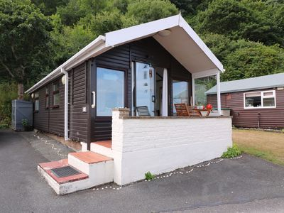 Photo for CAPTAIN'S CABIN, pet friendly in Aberystwyth, Ref 987181