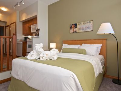 Photo for Alpenglow Lodge Vacations - Deluxe Studio Apartment #318