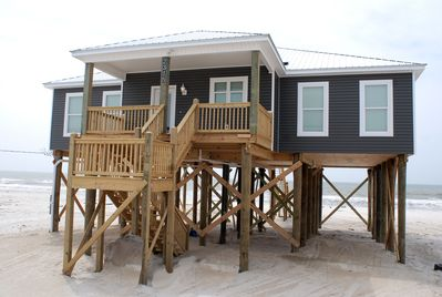 Gulf Front on Dauphin Island's West End Beach, Family Friendly, Low Key!