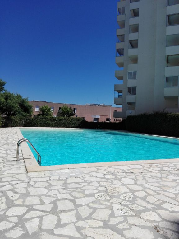 Appart Agrable Clair Terrasse Parking Piscine Commerces Plage