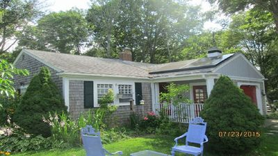 Five Trees Cottage near Beaches, Pet Friendly