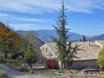 "Photo for Charming cottage ""Monalisa"" in a hilltop village facing Mont Ventoux"