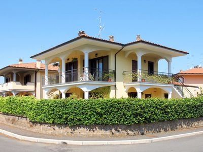 Photo for Apartment Villa Tartaruga (BOL380) in Lago di Bolsena - 4 persons, 1 bedrooms