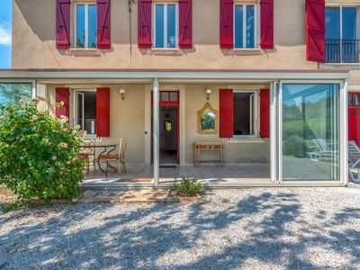 Photo for Cosy Holiday Home in Provence with Swimming Pool