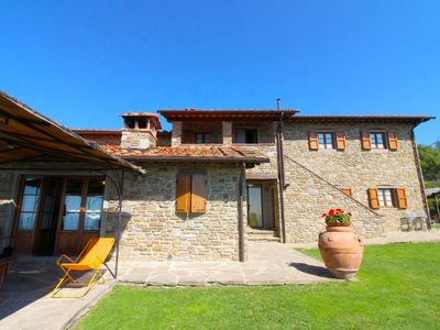 Photo for Stunning private villa with WIFI, private pool, TV, pets allowed and parking, close to Arezzo