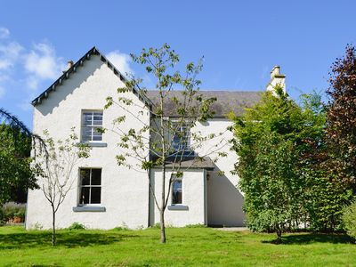 Photo for 5 bedroom accommodation in Fowlis, near Dundee