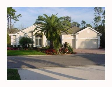 Executive home in Gated golf community near Disney