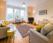 Very impressive apartment and a good, central location. Finished to a high standard.