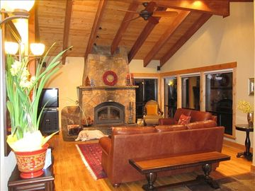 Great Room w/ Wood Burning Fireplace and LCD TV