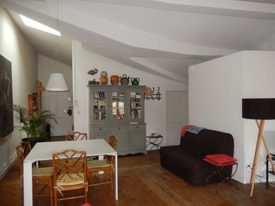 Photo for Spacious apartment in an old mansion in the heart of the city
