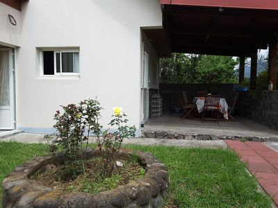 Photo for Small house in quiet garden