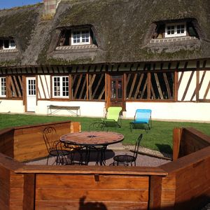 Photo for Cottage 10 minutes from Honfleur between banks of the Seine and the forest