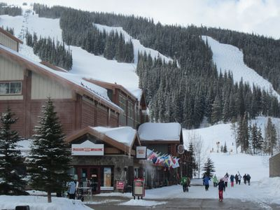 Photo for Ski in/Ski Out 2 Bedroom Condo, Mtn Views
