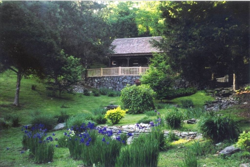 100 acres wildlife galore convenient to na homeaway for Secluded cabin rentals near nashville tn
