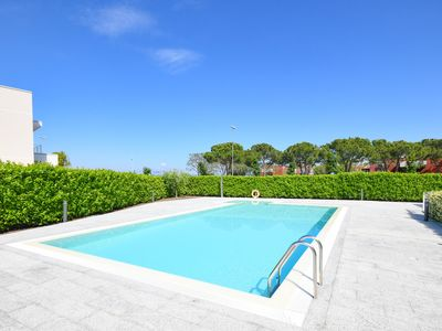 """Photo for Apartment """"La Castellana Lake View Apartment"""" with pool and 2 bedrooms, lake view"""