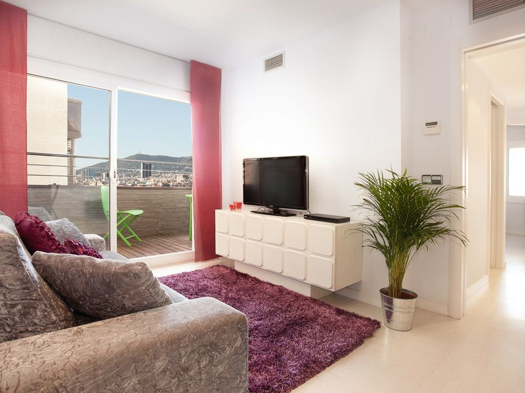 Luxury apartment on 17th floor views to barcelona for 17th floor concert schedule