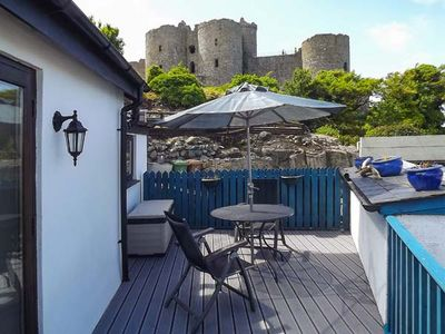 Photo for THE OLD BAND HALL, pet friendly, with open fire in Harlech, Ref 30614