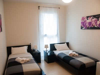 Photo for Orio easy airport - Double room no. 3-Orio al seriously- SHUTTLE