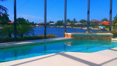Photo for Spacious bay view home on private tip lot