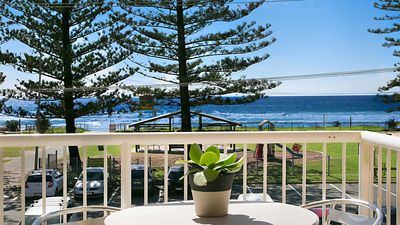 Photo for A Perfect Stay – #11 Camden House  - Beachfront Views